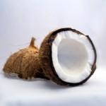 ミランダカー愛用ココナッツオイルのメーカーはどこ?美容の秘訣?